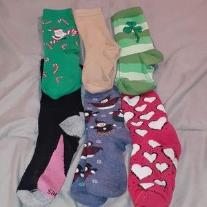 6  pair of socks